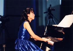 ピアノ 岡陽子