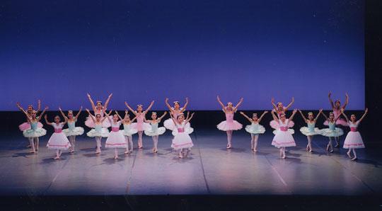子どものための創作バレエ「しあわせの森」