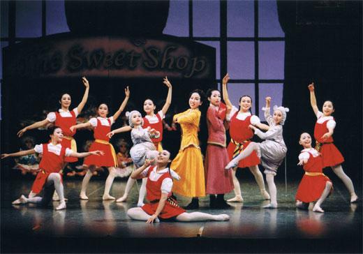 創作バレエ「The Sweet Shop」